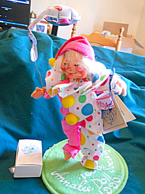 Annalee Party Clown Doll Society 1990 Pin Set