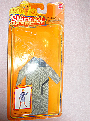 Barbie Dolls Friend Skipper Coat  (Image1)