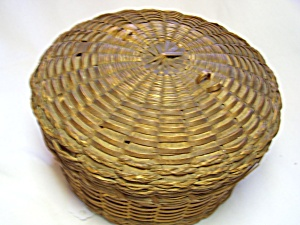 Hand Woven Sweet Grass Round Sewing Basket (Image1)