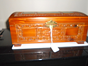Wood Footed Carved Cedar Box with lithograph (Image1)