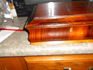 Early Veneer Wooden Box Felt lined (Image1)