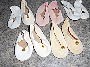 Doll Shoes white beige pink Lot of 5 Pair (Image1)