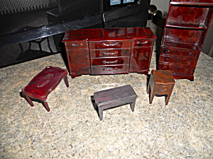 Dollhouse Furniture Lot 5 Pieces Renwal Etc