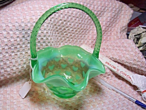 Fenton Glass Green Basket with White Hearts  (Image1)