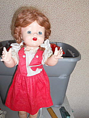 WALKING DOLL 24 INCH ALL ORIGINAL 1950'S (Image1)