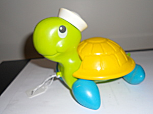 Fisher Price Turtle Pull Toy 1977 (Image1)