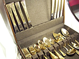 Flatware Set 8 In Wood Box