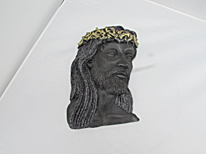 Jesus Chalkware Wall Plaque gold crown (Image1)