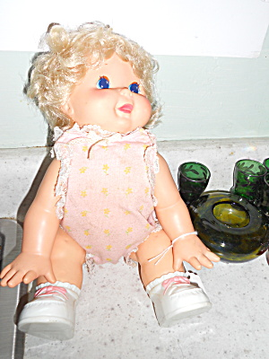 Kenner 1985 Oopsey Daisy Doll