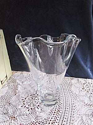 Lenox Organics Collection Ruffle Centerpiece Vase 12 in (Image1)