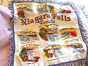 Souvenir Niagara Falls Canada Pillow Cover (Image1)