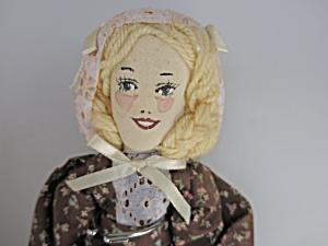 Vintage Cloth Doll Artist signed S. Pealer 1989 (Image1)