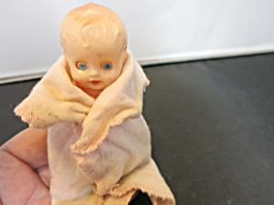 Baby Doll Sleep Eye Drink Wet Hong Kong Doll 1950s
