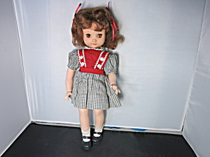 Betsy McCall Doll Ideal 1952 to 1953 14 inch (Image1)