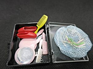 Barbie Accessories Shower cap brushes comb mirror shoes (Image1)