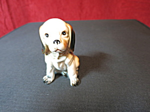 Vintage Beagle Puppy Figurine circa 1950s to 1960s (Image1)