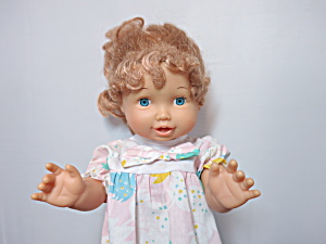 Unimax Toys Doll 1996 15 inch (Image1)