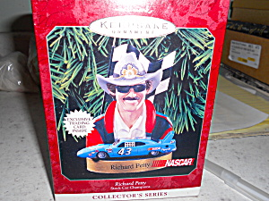 Nascar Richard Petty Hallmark Ornament 1998 (Image1)