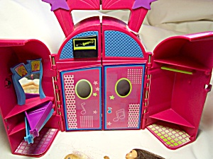 Polly Pocket Doll Night Club 2 Dolls Mattel
