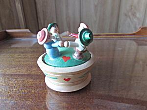 Vintage Ring Around the Rosie Italy Trinket Box Wood (Image1)