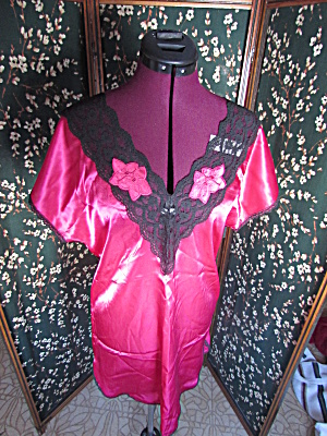 Vintage Red And Black Lace Night Gown No Brand Size Med