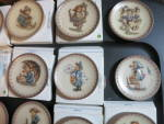 Click to view larger image of Hummel Goebel Collector Plate Set 25 1971 to 1995 (Image2)