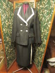 Click here to enlarge image and see more about item thcvkbs-17e: Tower Hill Collection Knit Blazer and Skirt Size 8