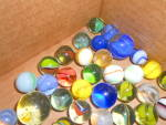 Click here to enlarge image and see more about item MB-TOY496: Vintage Marbles Lot of 84 in different sizes