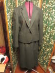 Click here to enlarge image and see more about item vc-3: Travis of London Woman's Black Wool Blazer and Skirt 12