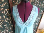 Click here to enlarge image and see more about item vnfnnsm-17e: Vintage Nans Flower Nylon Nightgown size Medium