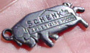 Schenk's Appetizing Foods Hog Necklace Charm (Image1)