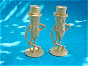 Pr. of Mr. Peanut Shakers (Image1)