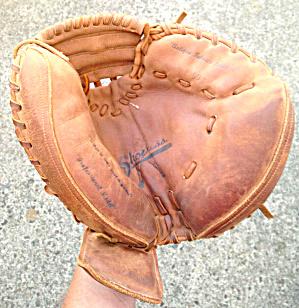 Shoeless Joe Catchers Mitt (Image1)