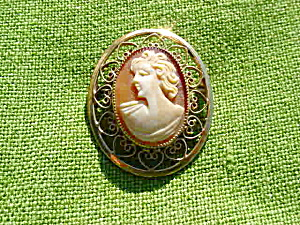 Nice, Early Cameo Brooch Pin (Image1)