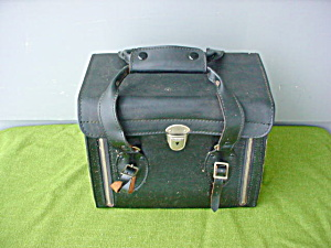 Crown 8 Model EII Movie Projector w/Case (Image1)