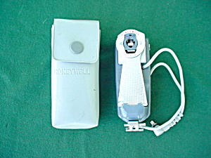 Honeywell Tilt-a-mite Camera Accessory W/case