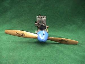 Fox Eagle Airplane Engine w/Perry Carburetor (Image1)
