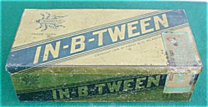 In-B-Tween Early Cigar Box Tin (Image1)