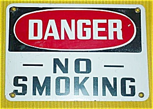 DANGER--NO SMOKING ENAMELED SIGN (Image1)