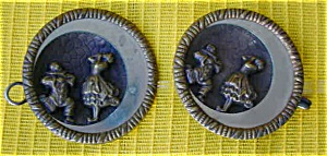 Pr. of Lg. Early Matching Buttons w/Clowns (Image1)