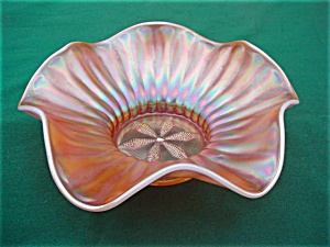 Dugan Stippled Flower Carnival Bowl (Image1)