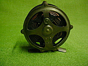 Shakespeare Kazoo Fly Fishing Reel (Image1)
