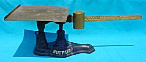 Antique 4 lb. BUFFALO Scale (Image1)