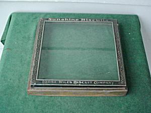Old Sunshine Biscuit Glass Lid (Image1)