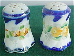 Pr. of Hand Painted Porcelain Shakers (Image1)