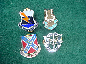 Military Pinback Collection (Image1)