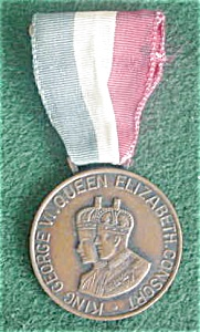 30's Queen Elizabeth/King George Ribbon Medal (Image1)