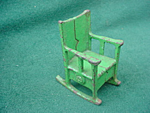 Vintage Cast Iron Doll Furn. Rocker (Image1)
