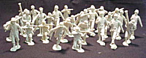 Lg. Group of Marx Playset Soldiers Figures (Image1)
