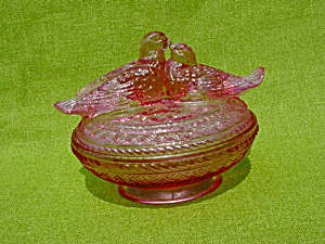 Kissing Birds on Nest Candy Jar (Image1)